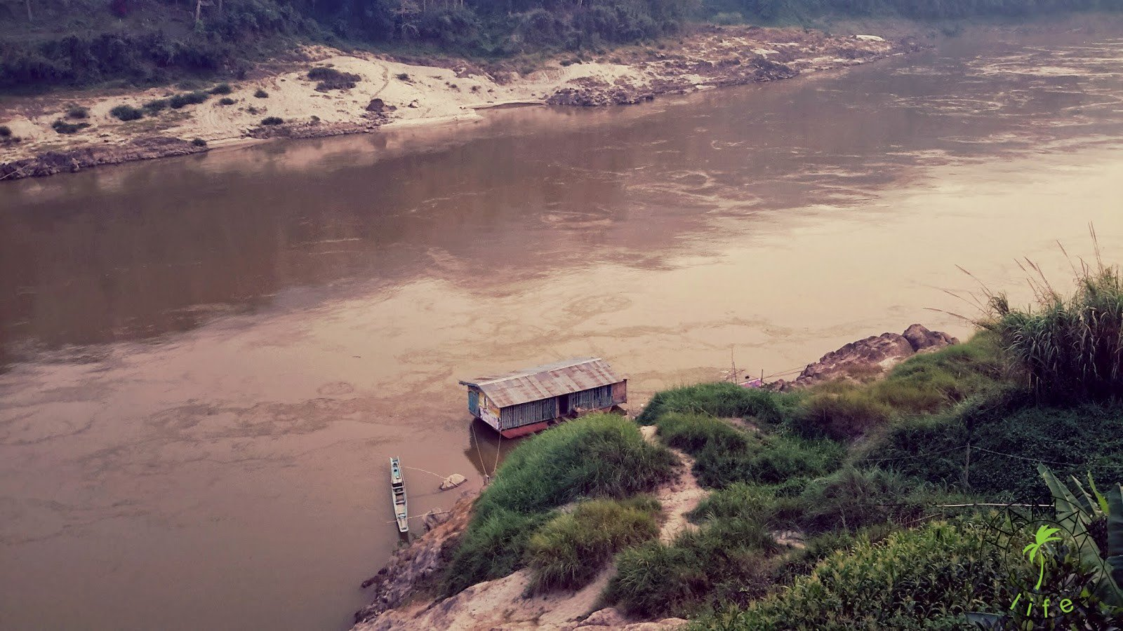 Mekong w Laosie 2015