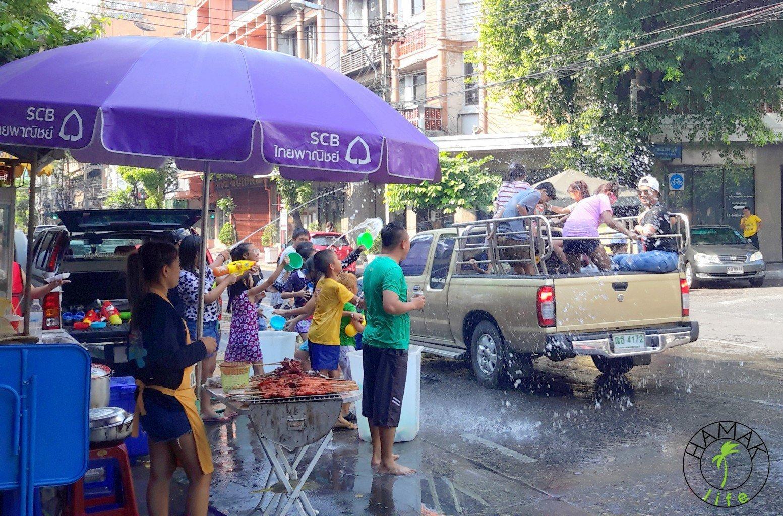 Songkran Festival, czyli tajski Nowy Rok to polski śmingus dyngus.