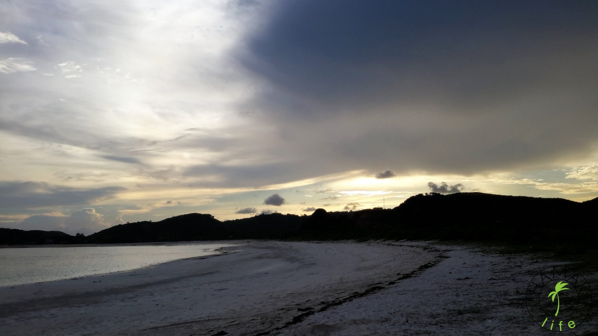 Plaża, na której surfowała dziewcznyna widmo