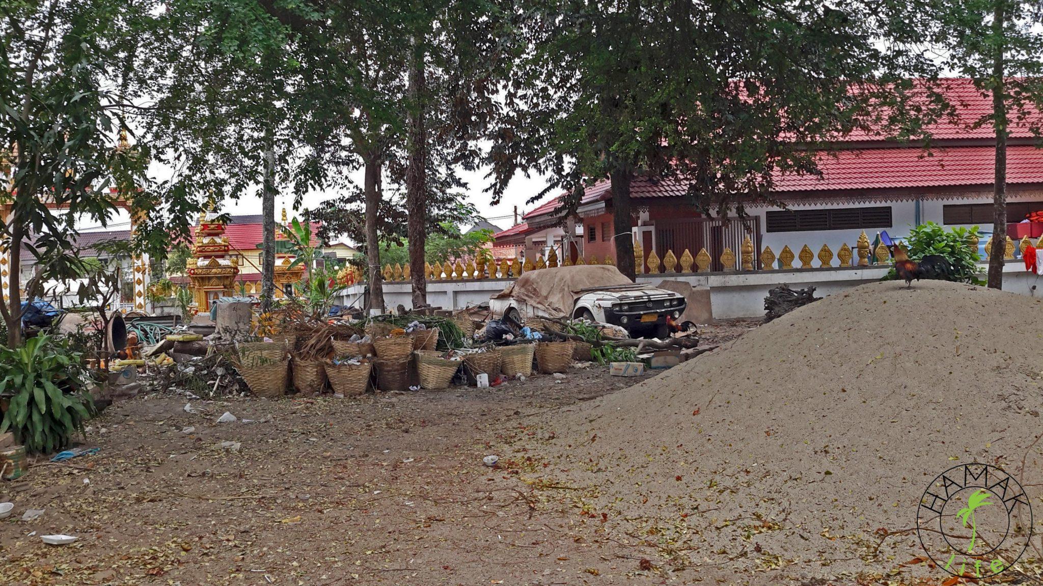 Zaplecze świątynne w Indonezji
