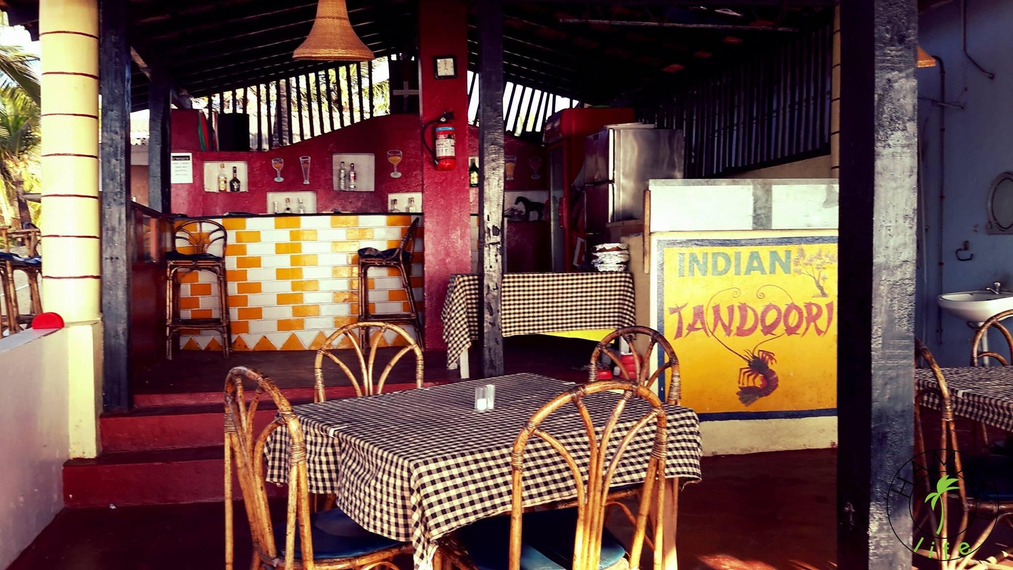 Indian Tandoori - indyjska restauracja w Kerali. Nie pamiętam, czy serwuje aloo gobi