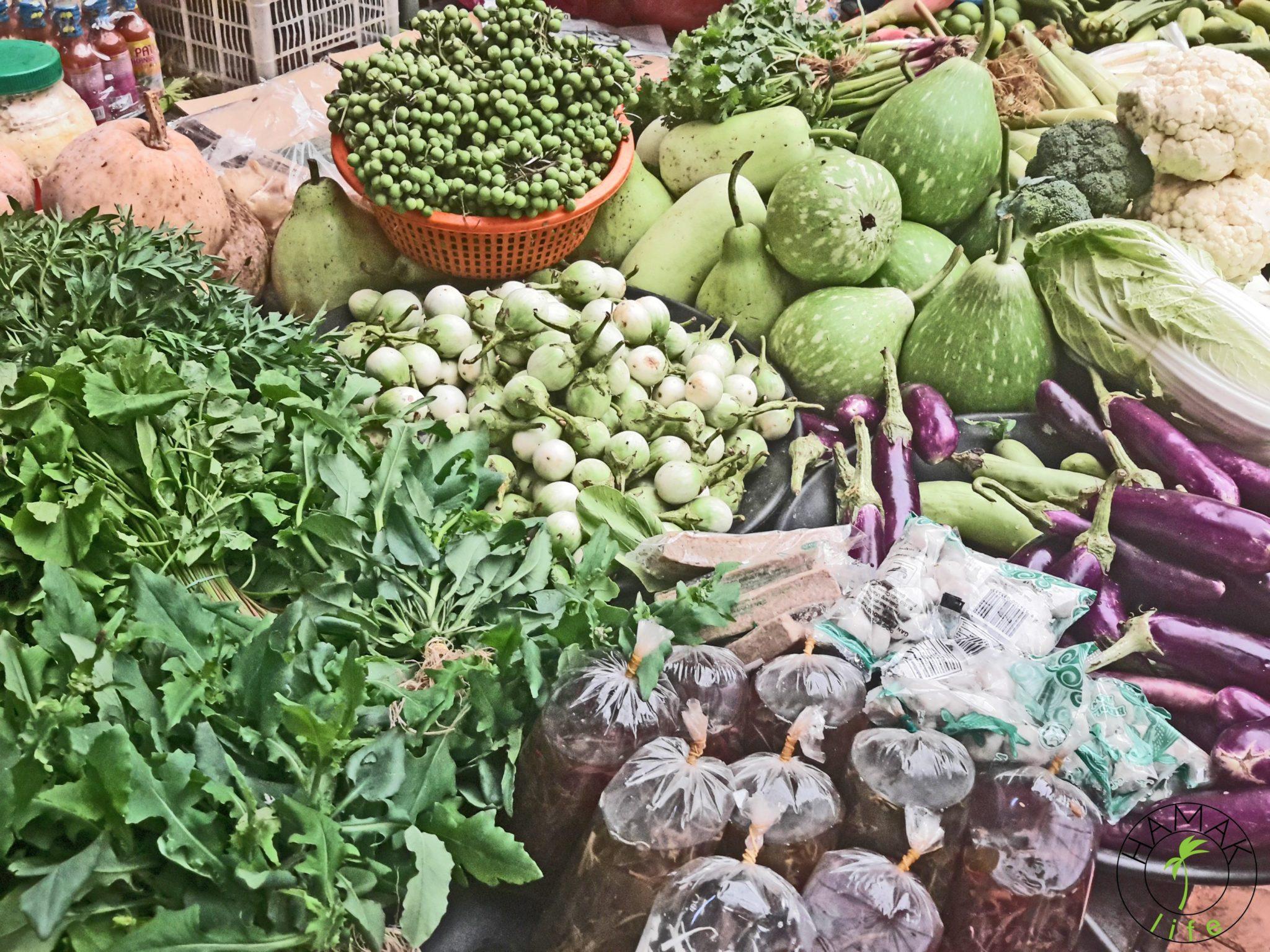 Z kalafiora w Indiach i w Malezji wyrabia się aloo gobi.