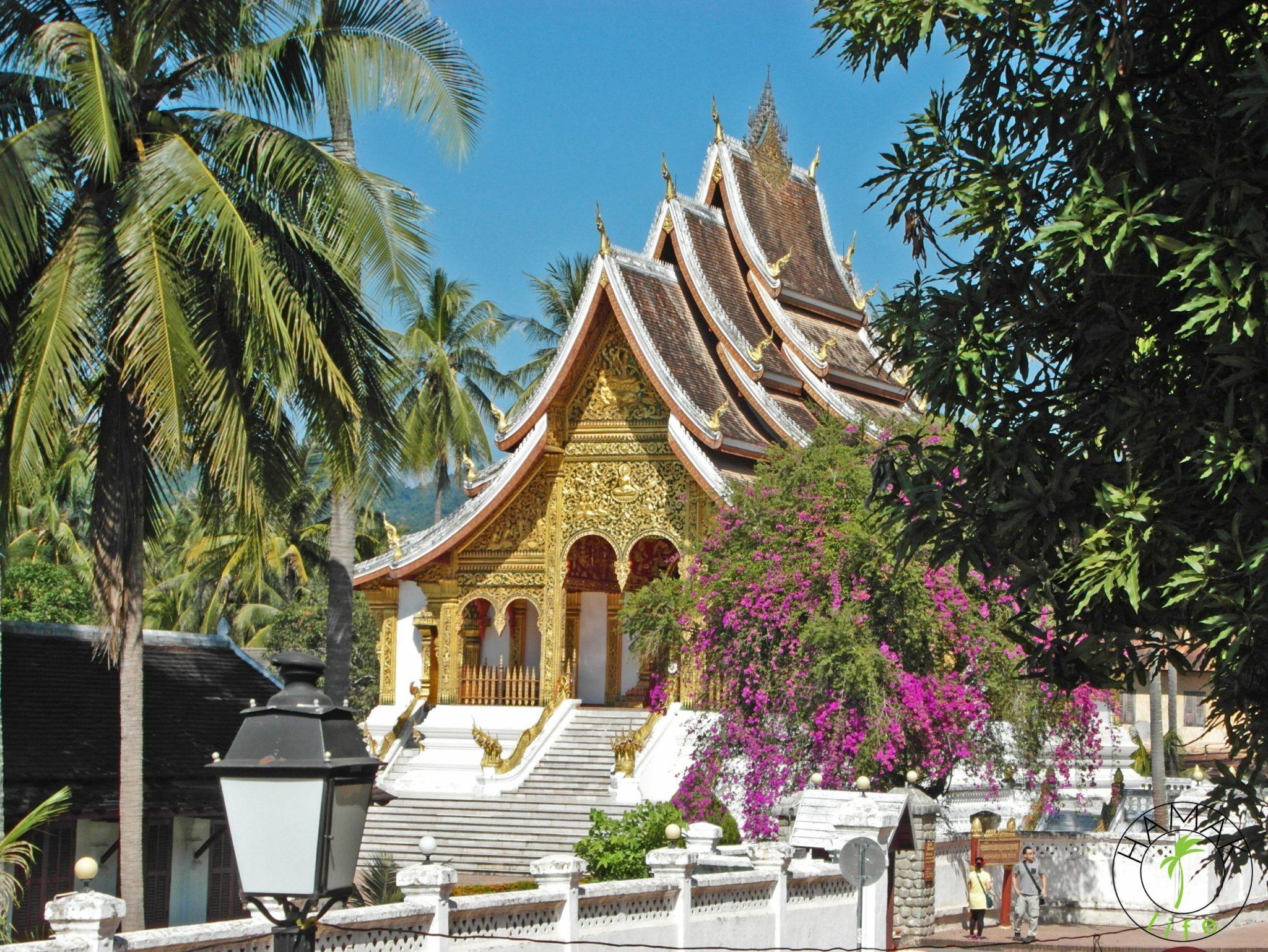 Wat w Luang Prabang w Laosie
